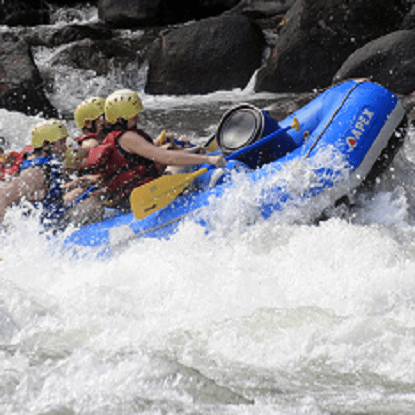 People whitewater rafting the Pacuare river