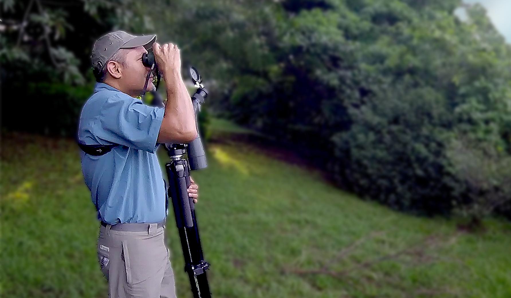 birdwatching at Finca Rosa Blanca